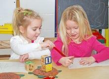 Muchachas preescolares Foto de archivo libre de regalías