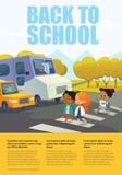 Muchachas sonrientes de la historieta que cruzan el camino a lo largo del paso de peatones delante del autobús y del coche parado Imagen de archivo libre de regalías