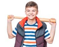 Muchacho adolescente con el bate de béisbol Imagen de archivo libre de regalías