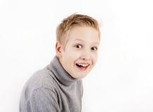 Muchacho adolescente sonriente Fotografía de archivo