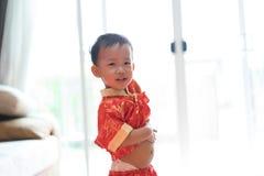 Muchacho chino en festival chino del Año Nuevo Fotos de archivo libres de regalías