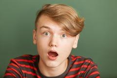Muchacho chocado del adolescente Fotos de archivo libres de regalías