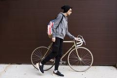 Muchacho con la bicicleta Fotos de archivo libres de regalías
