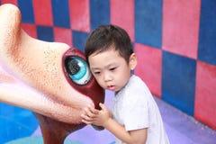 Muchacho con la bola Imagen de archivo libre de regalías