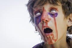 Cara del zombi imagen de archivo libre de regal as for Cara pintada diablo