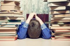 Muchacho de escuela cansado Fotografía de archivo