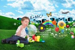 Muchacho de la burbuja de la ciencia, de la matemáticas, del arte y de la música Foto de archivo