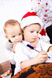 Muchacho de Navidad Fotos de archivo libres de regalías