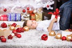 Muchacho de Navidad Foto de archivo libre de regalías