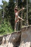 Muchacho de salto Fotografía de archivo libre de regalías