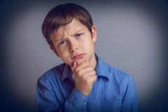 Muchacho del adolescente 10 años de aspecto europeo Foto de archivo