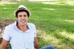 Muchacho del adolescente en el parque Imágenes de archivo libres de regalías