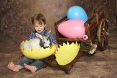 Muchacho el la mañana de Pascua Imágenes de archivo libres de regalías