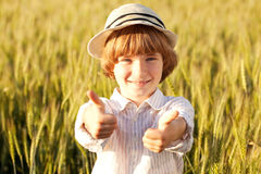 Muchacho en el sombrero Imagen de archivo libre de regalías
