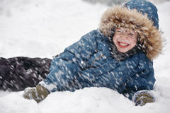Muchacho en la nieve Fotografía de archivo