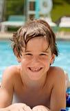 Muchacho en la piscina Imagenes de archivo