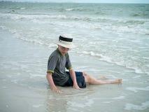 Muchacho en la playa en la Florida Imagen de archivo