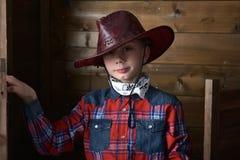 Muchacho en sombrero de vaquero Foto de archivo libre de regalías