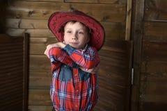 Muchacho en sombrero de vaquero Imagen de archivo