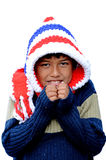 Muchacho en vestido del invierno Imagenes de archivo