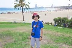 Muchacho feliz en Barcelona Fotografía de archivo libre de regalías
