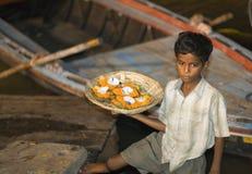 Muchacho indio con Aarti Fotografía de archivo libre de regalías