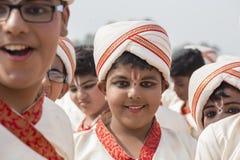 Muchacho indio joven del retrato en Nueva Deli, la India Imagenes de archivo