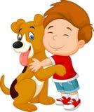 Muchacho joven de la historieta feliz que abraza cariñosamente su perro casero stock de ilustración