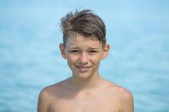 Muchacho joven feliz del retrato Imágenes de archivo libres de regalías