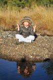 Muchacho joven meditating al aire libre Imagen de archivo libre de regalías