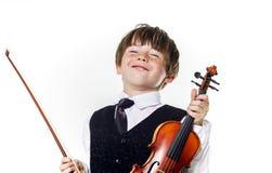 Muchacho pelirrojo del preescolar con el violín Fotos de archivo