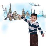 Muchacho que dibuja el viaje en todo el mundo fotos de archivo
