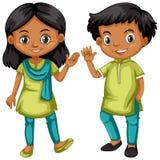 Muchacho y muchacha de la India en equipo verde y azul Imagen de archivo