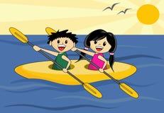 Muchacho y muchacha en canoa Imágenes de archivo libres de regalías