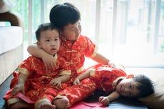 Muchachos chinos en festival chino del Año Nuevo Imagen de archivo libre de regalías