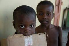 Muchachos desplazados Imagen de archivo libre de regalías