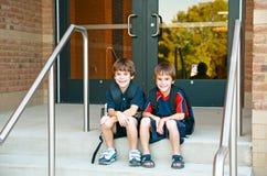 Muchachos en la escuela Foto de archivo libre de regalías