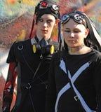 Muchachos góticos con los ojos de dracula en el Goth-festival   Fotos de archivo libres de regalías