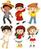 Muchachos y muchachas en traje del país diferente stock de ilustración
