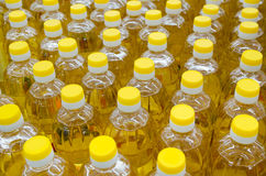 Mucho aceite vegetal Imagenes de archivo