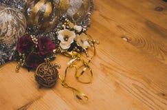 Muchas decoraciones maravillosas y diversas de la Navidad Fotos de archivo libres de regalías