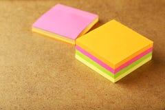 Muchas etiquetas engomadas coloridas Foto de archivo libre de regalías