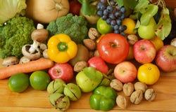 Muchas frutas y verduras Fotografía de archivo libre de regalías