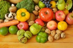 Muchas frutas y verduras Fotografía de archivo