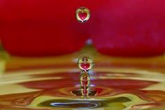 Muchas gotas del corazón imágenes de archivo libres de regalías