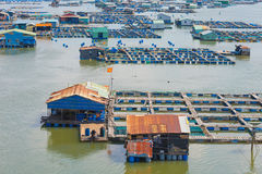 Muchas granjas de la cría de los pescados, Vietnam Foto de archivo libre de regalías
