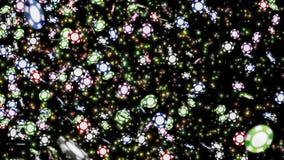 Muchas monedas del casino que vuelan Muchas fichas de p?ker en fondo negro Animaci?n colorida del lazo de la moneda Concepto de u stock de ilustración