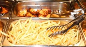 Muchas patatas fritas muy calientes Fotografía de archivo libre de regalías