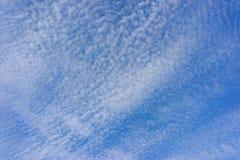 Muchas pequeñas nubes Imagen de archivo
