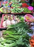 Muchas verduras en el mercado local Imagen de archivo